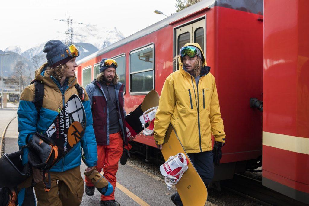 Protest-Winter-Men